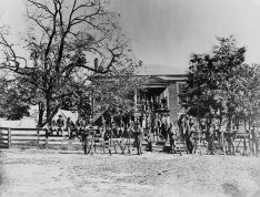 1280px-Appomattox_Court_House_Union_soldiers